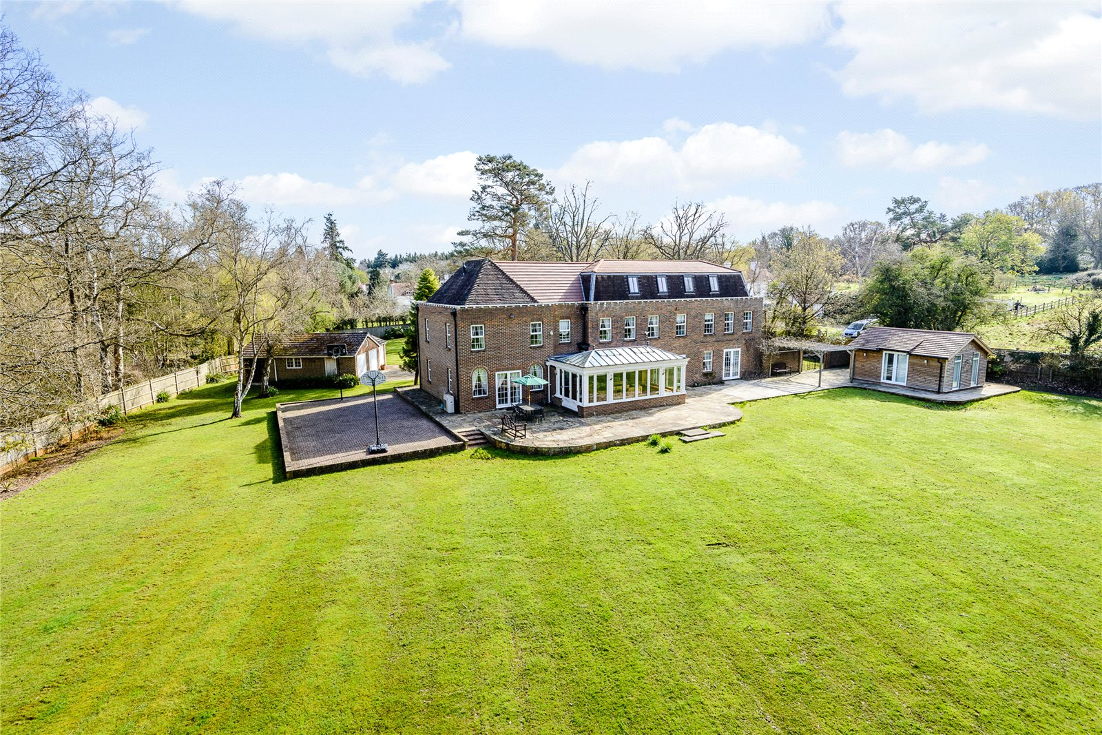 Additional photo for property listing at Coombe Lane, Ascot, Berkshire, SL5 Ascot, 영국