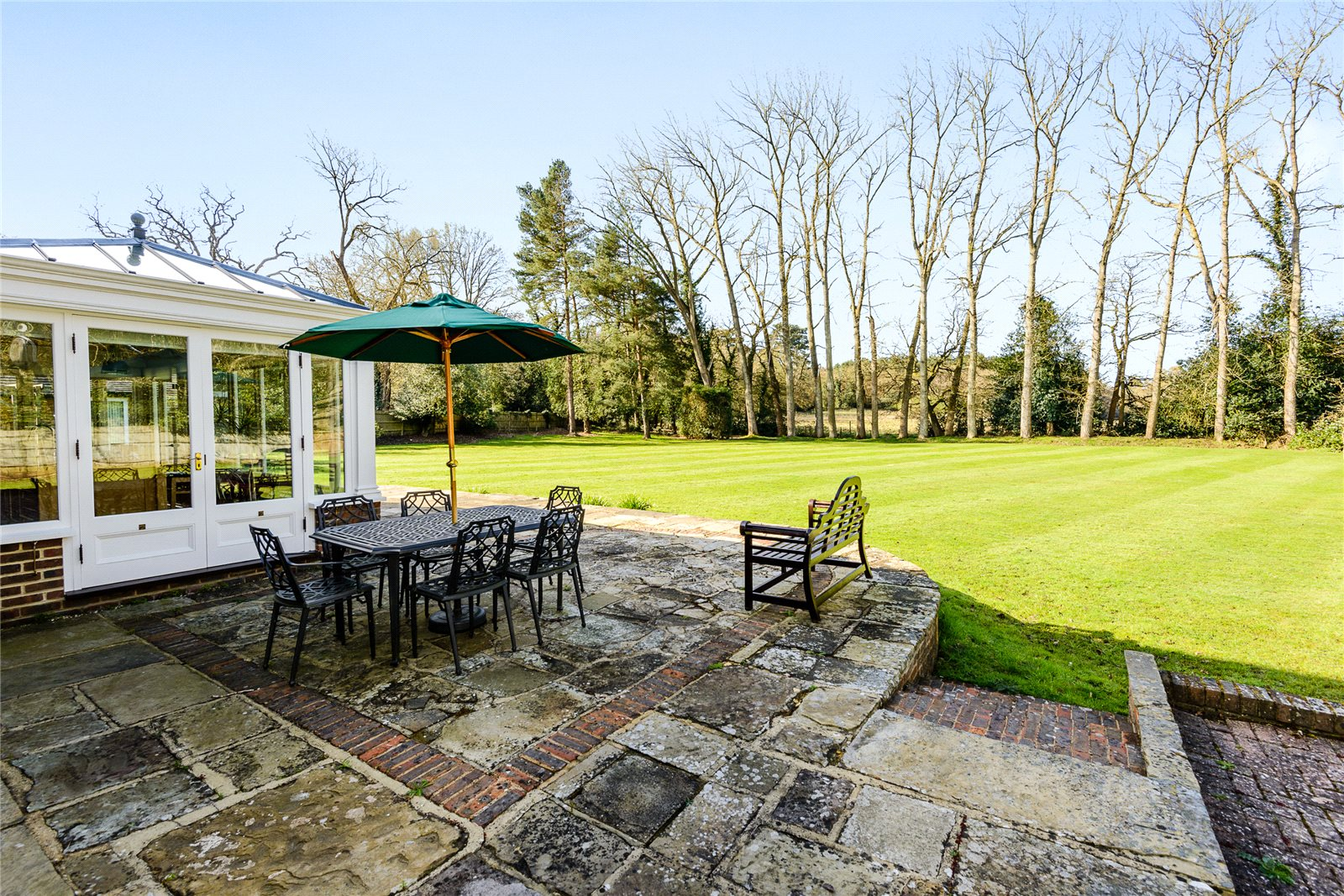 Additional photo for property listing at Coombe Lane, Ascot, Berkshire, SL5 Ascot, 英格兰