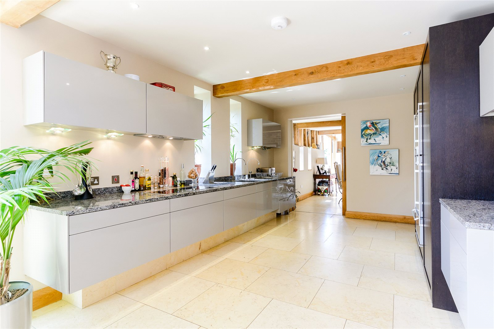 Additional photo for property listing at Bracknell Road, Brock Hill, Warfield, Berkshire, RG42 Warfield, イギリス