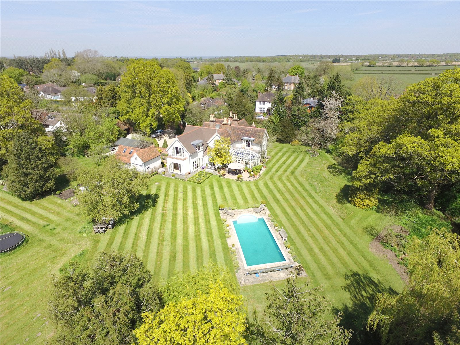 Additional photo for property listing at Church Road, Winkfield, Berkshire, SL4 Winkfield, イギリス
