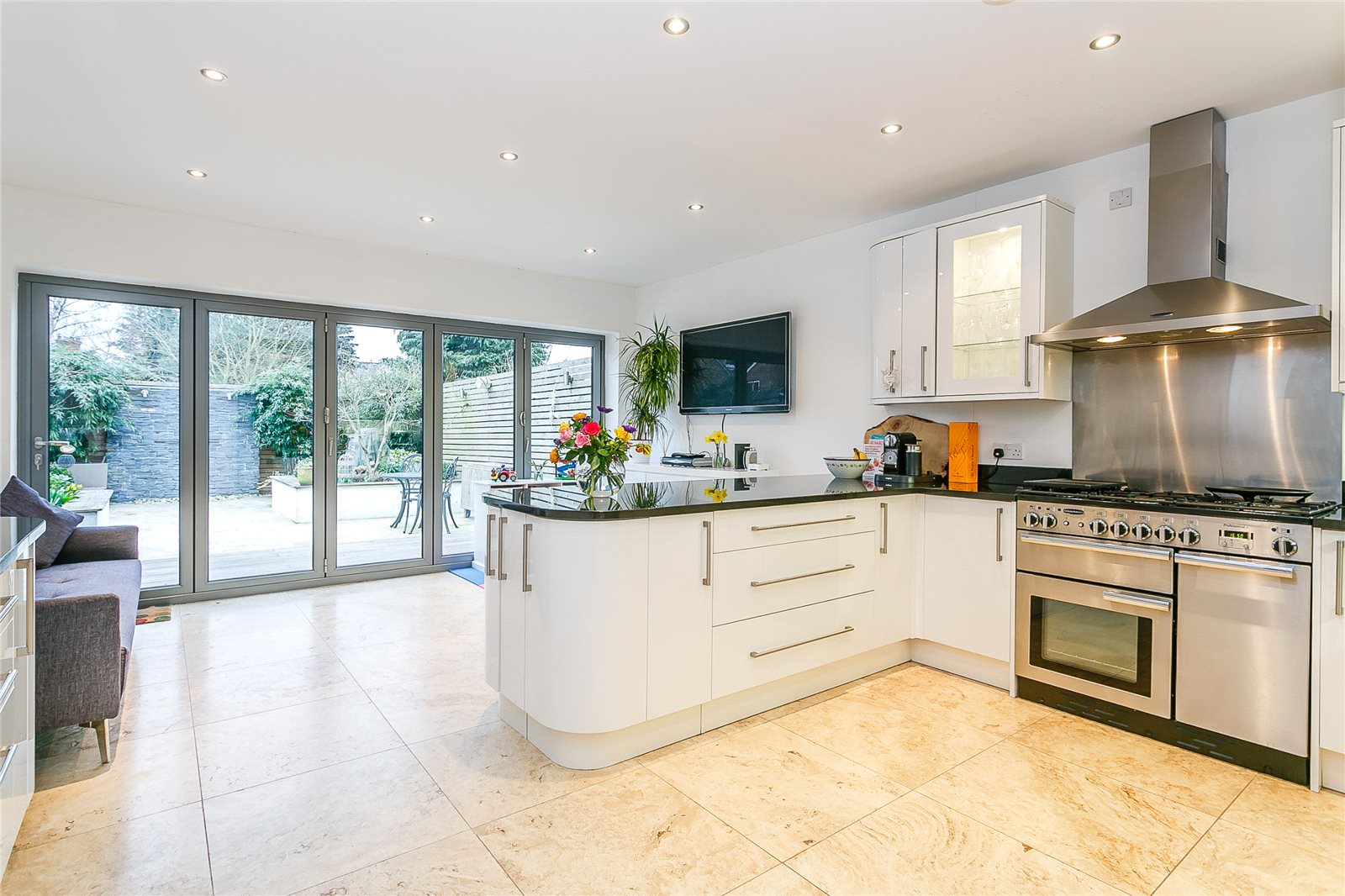 Additional photo for property listing at Church Road, Ascot, Berkshire, SL5 Ascot, Inglaterra