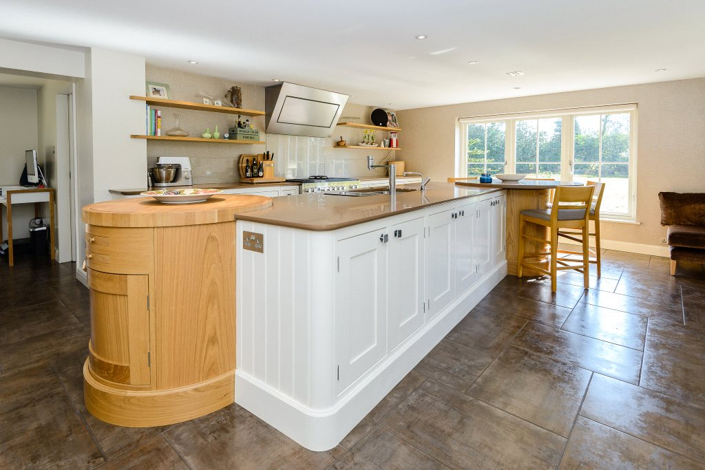 Additional photo for property listing at Winkfield Road, Ascot, Berkshire, SL5 Ascot, イギリス