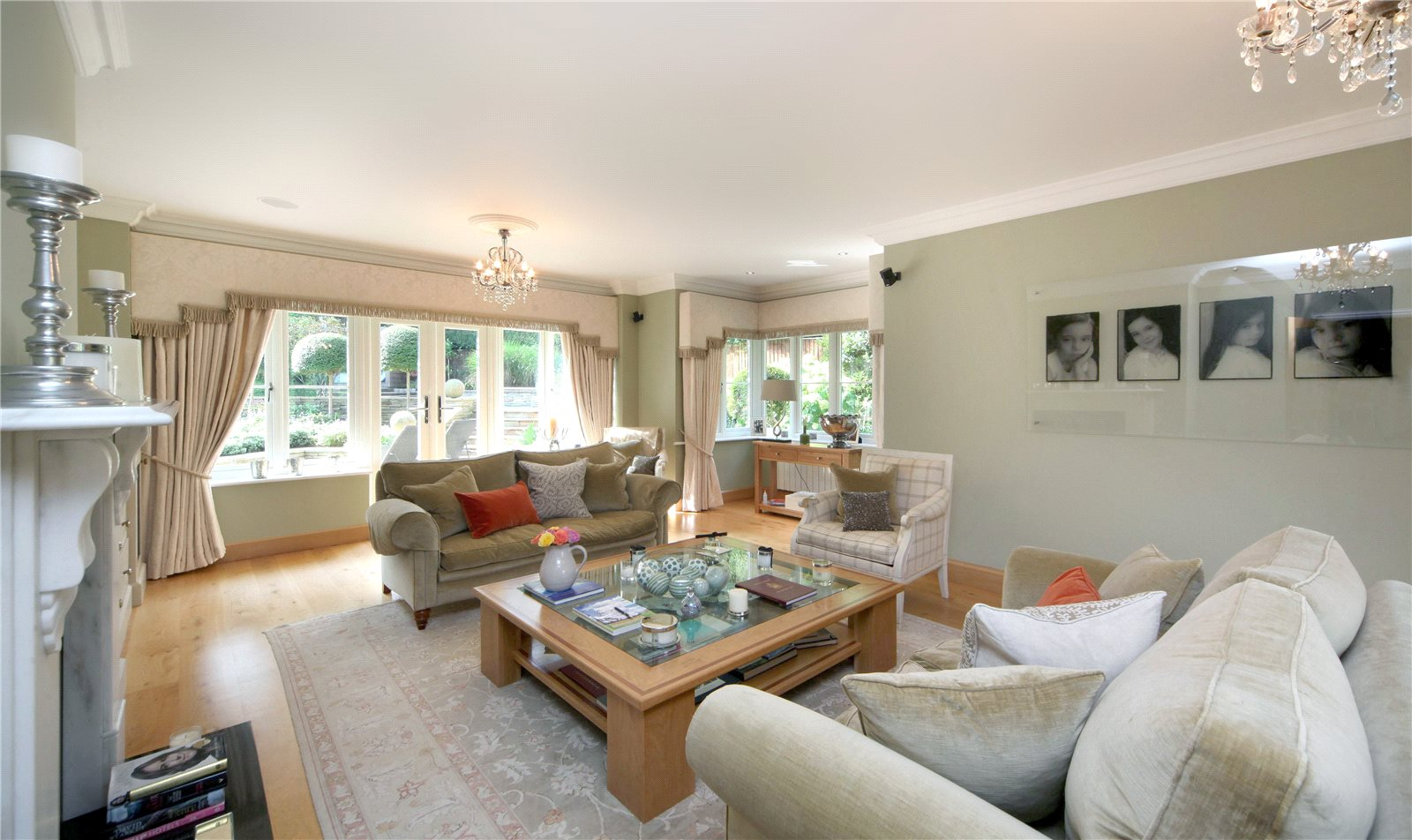 Additional photo for property listing at Priory Road, Sunningdale, Berkshire, SL5 Sunningdale, Inghilterra