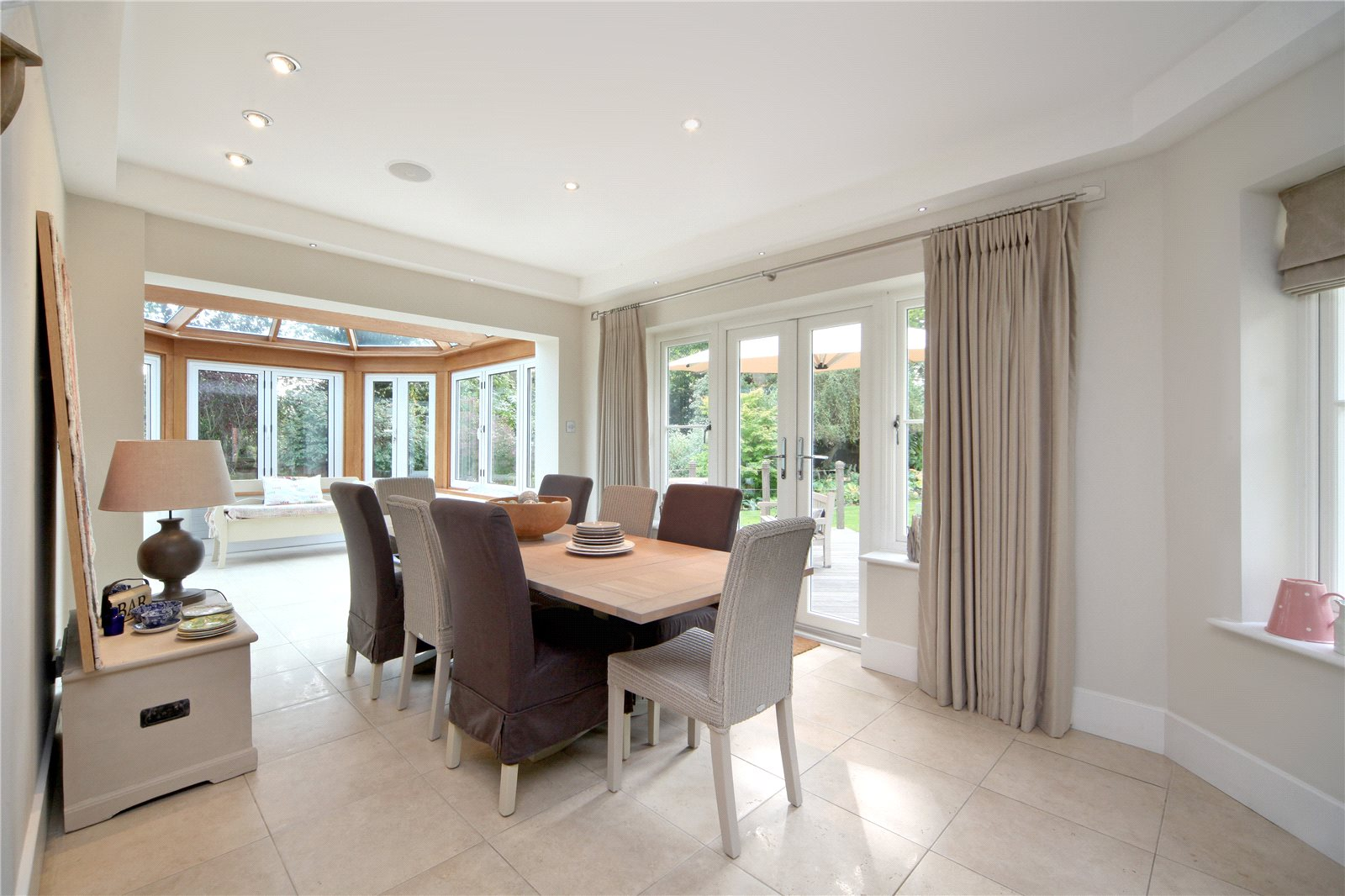 Additional photo for property listing at Priory Road, Sunningdale, Berkshire, SL5 Sunningdale, Angleterre