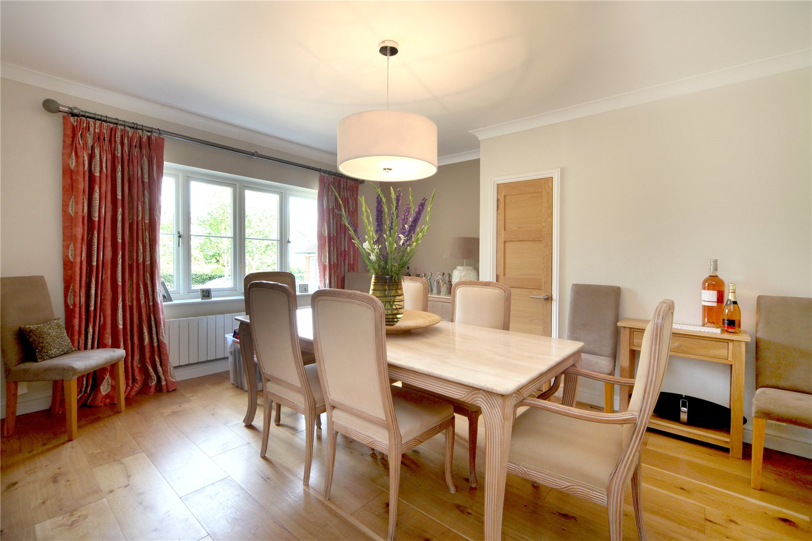 Additional photo for property listing at Priory Road, Sunningdale, Berkshire, SL5 Sunningdale, イギリス