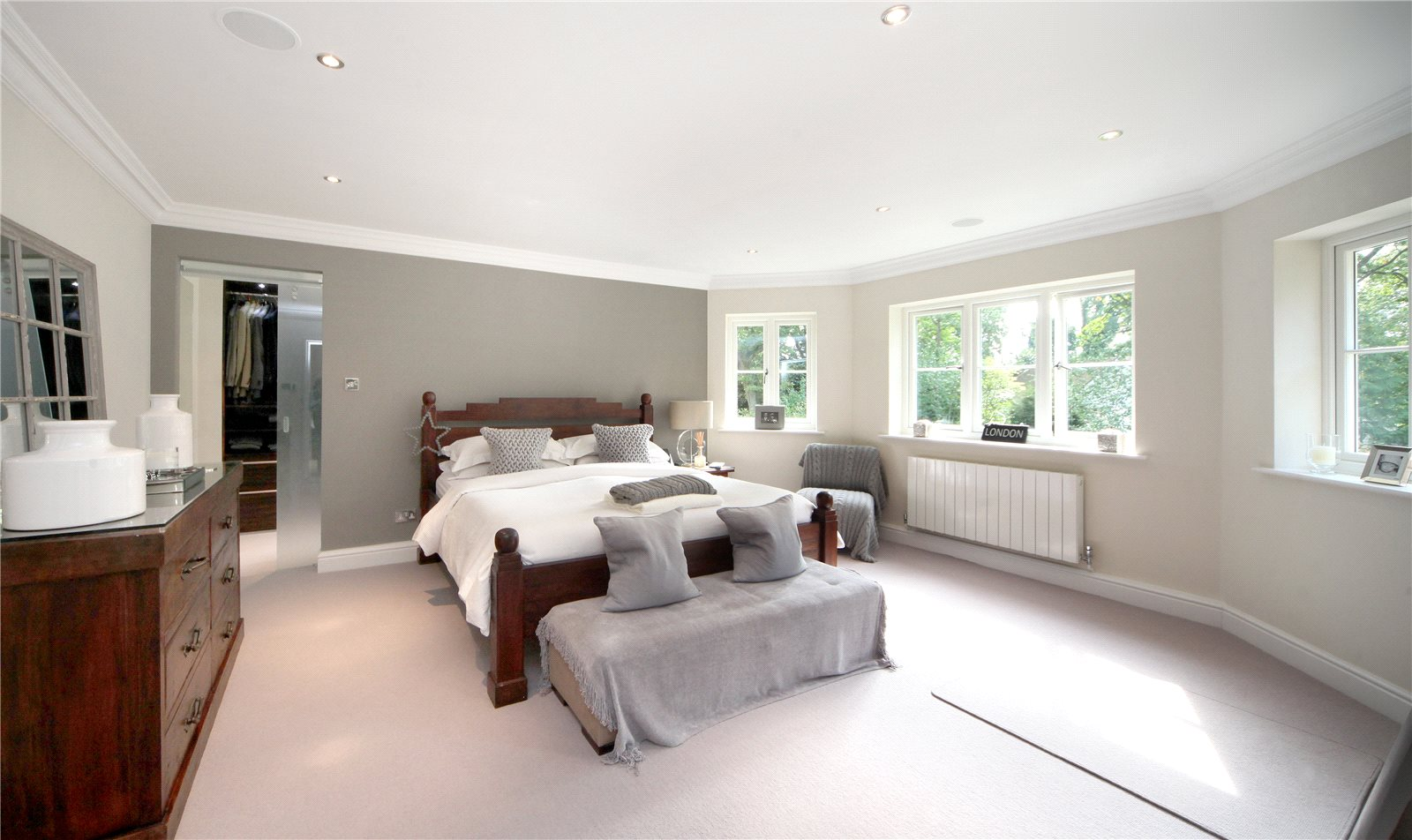 Additional photo for property listing at Priory Road, Sunningdale, Berkshire, SL5 Sunningdale, 英格兰