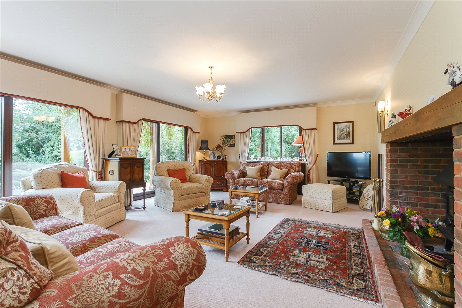 Additional photo for property listing at Hill Farm Lane, Binfield, Berkshire, RG42 Binfield, Англия