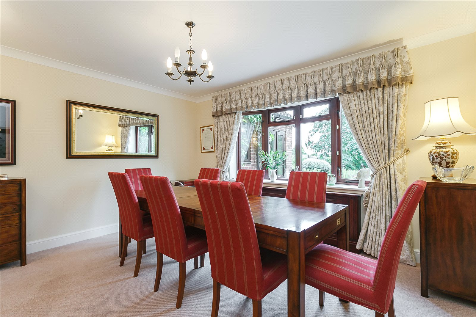 Additional photo for property listing at Hill Farm Lane, Binfield, Berkshire, RG42 Binfield, Inglaterra