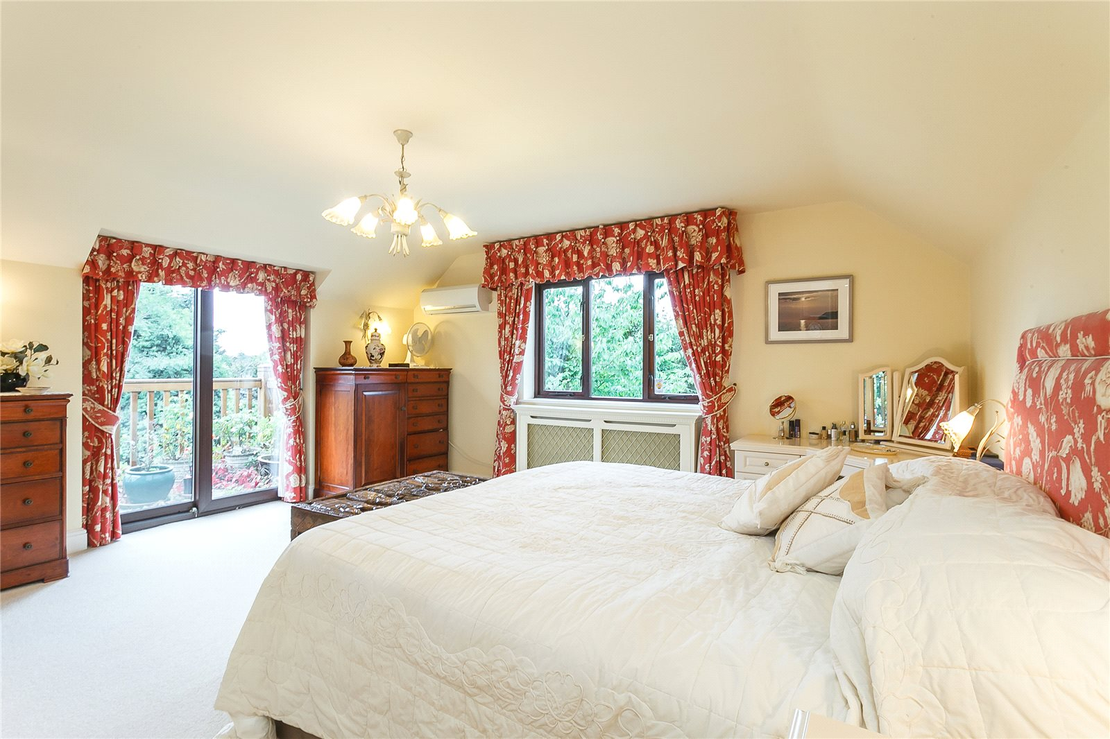Additional photo for property listing at Hill Farm Lane, Binfield, Berkshire, RG42 Binfield, Αγγλια