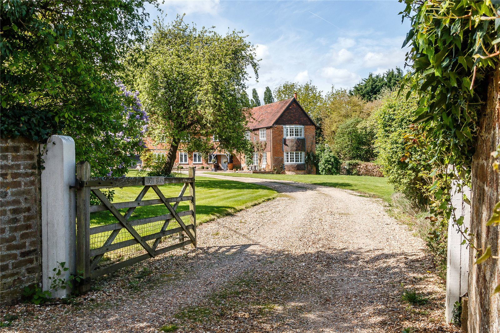 Additional photo for property listing at Sheepcote Lane, Paley Street, Nr Maidenhead, Berkshire, SL6 Berkshire, Inglaterra