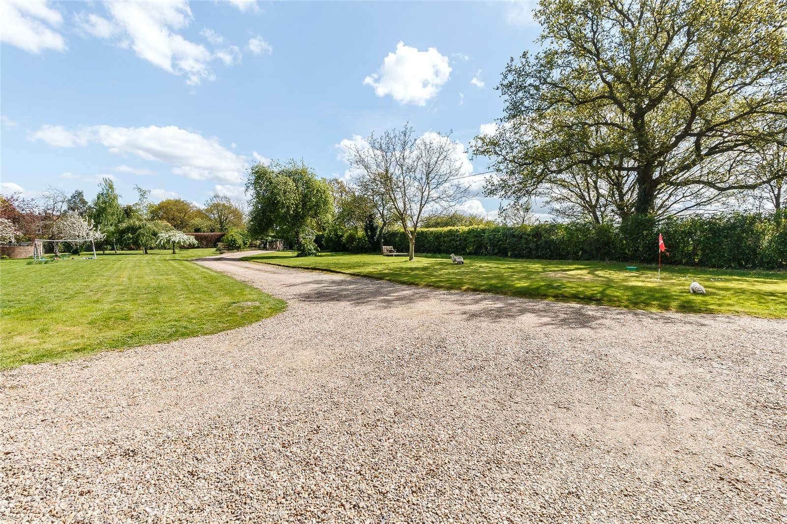 Additional photo for property listing at Sheepcote Lane, Paley Street, Nr Maidenhead, Berkshire, SL6 Berkshire, Engeland