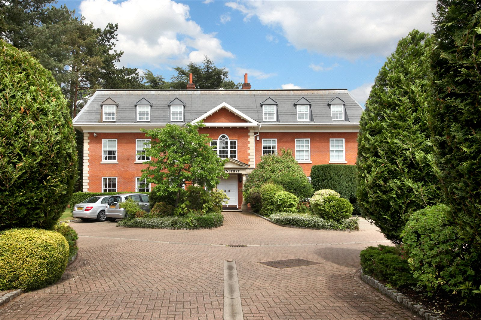 Daireler için Satış at Turnberry House, Cross Road, Sunningdale, Berkshire, SL5 Sunningdale, Ingiltere