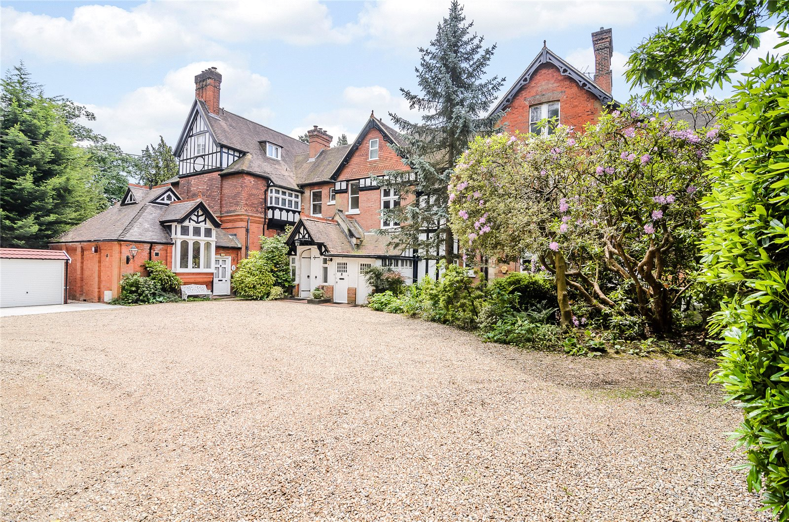 Additional photo for property listing at Scotswood, Devenish Road, Ascot, Berkshire, SL5 Ascot, Inghilterra