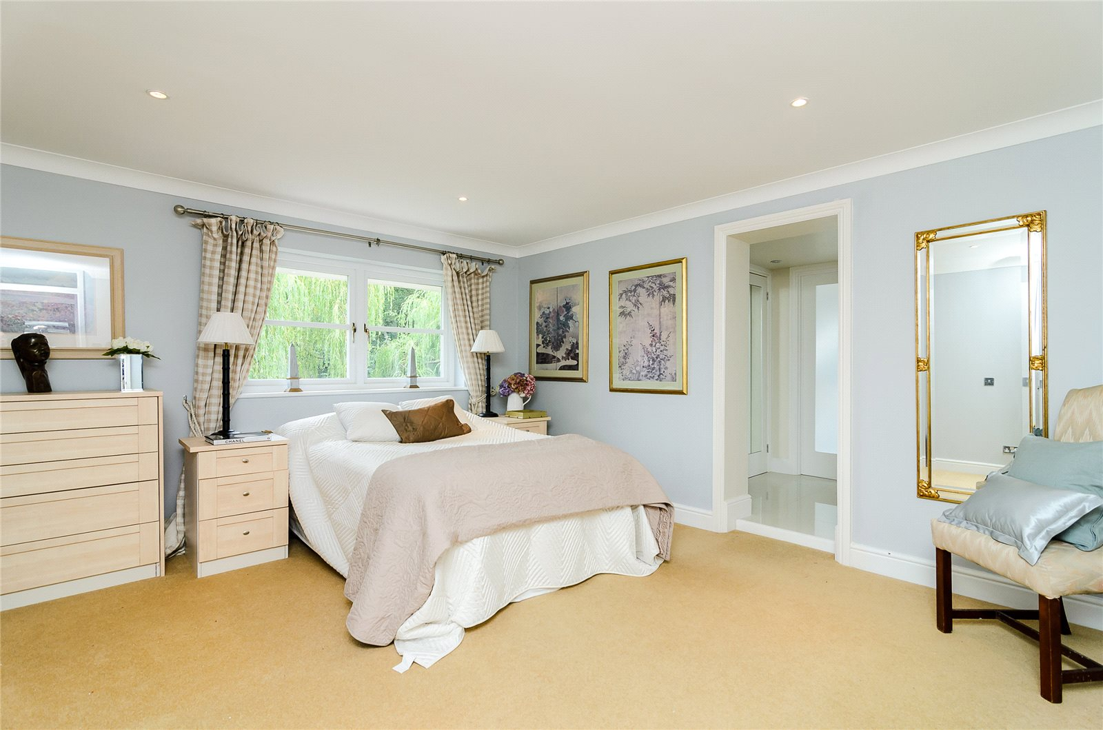 Additional photo for property listing at Bagshot Road, Ascot, Berkshire, SL5 Ascot, Αγγλια