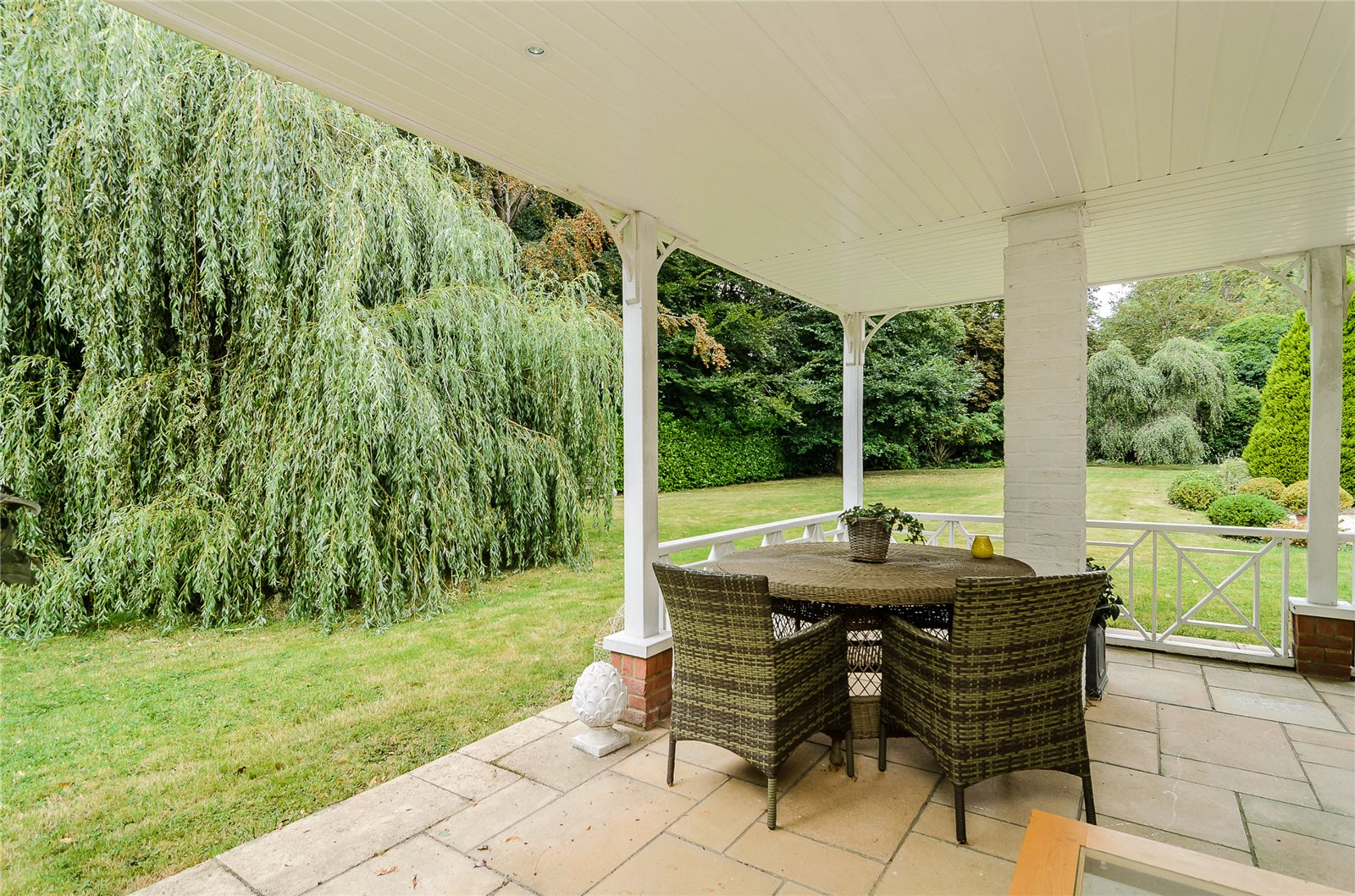 Additional photo for property listing at Bagshot Road, Ascot, Berkshire, SL5 Ascot, Ingiltere