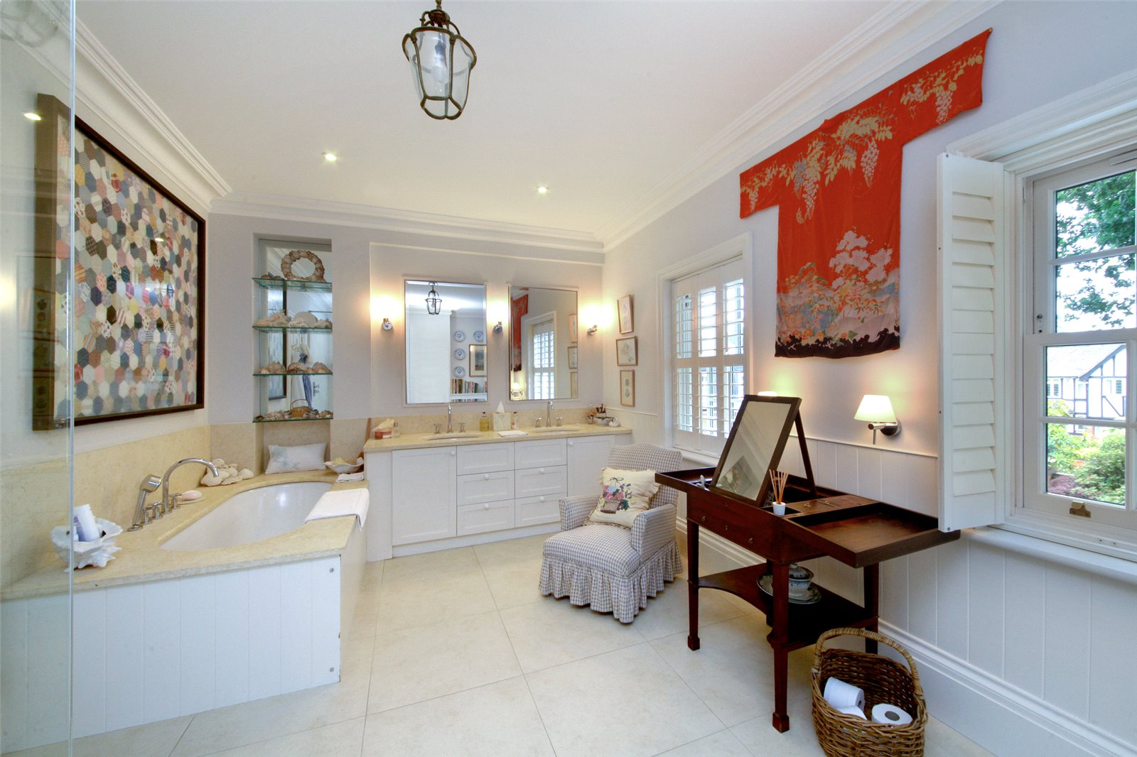 Additional photo for property listing at Priory Road, Sunningdale, Berkshire, SL5 Sunningdale, Engeland