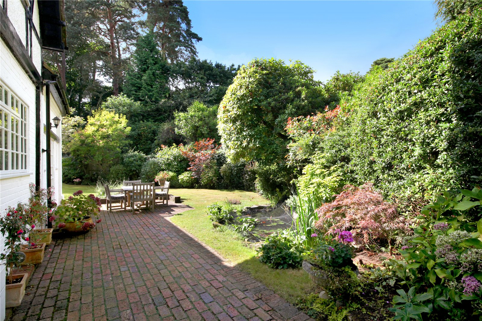 Additional photo for property listing at Westwood Road, Windlesham, Surrey, GU20 Windlesham, Inglaterra