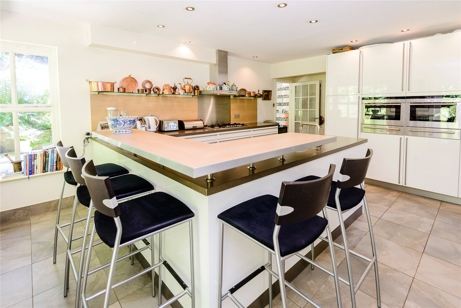 Additional photo for property listing at Richmondwood, Ascot, Berkshire, SL5 Ascot, イギリス