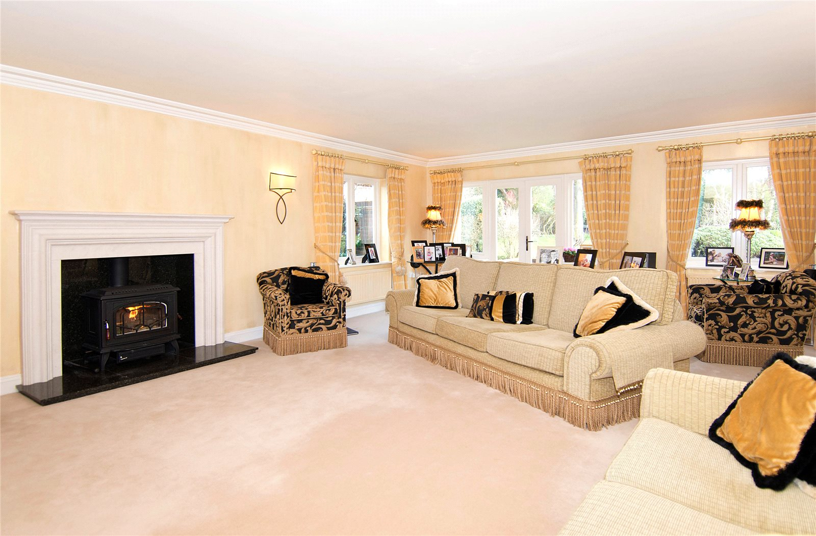 Additional photo for property listing at Winkfield Lane, Winkfield, Windsor, Berkshire, SL4 Windsor, イギリス