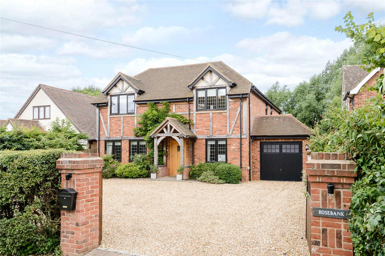 Additional photo for property listing at Maidens Green, Winkfield, Berkshire, SL4 Winkfield, Inglaterra