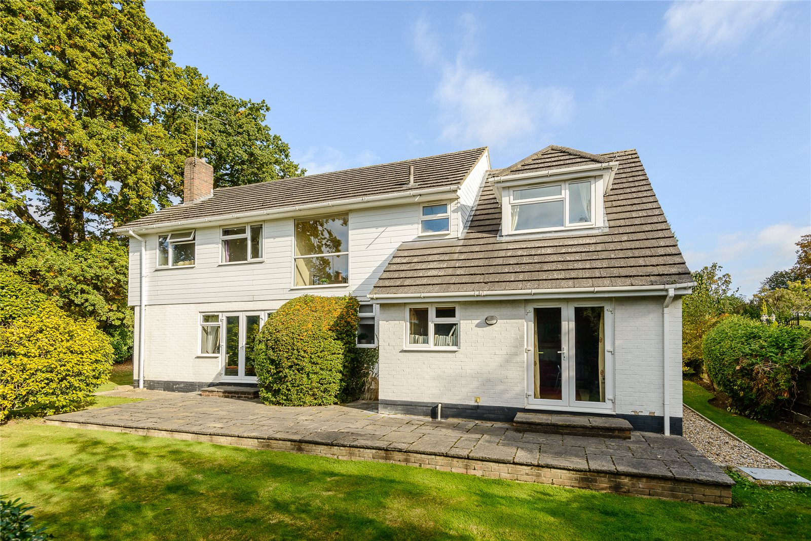Additional photo for property listing at Snows Paddock, Windlesham, Surrey, GU20 Windlesham, Англия