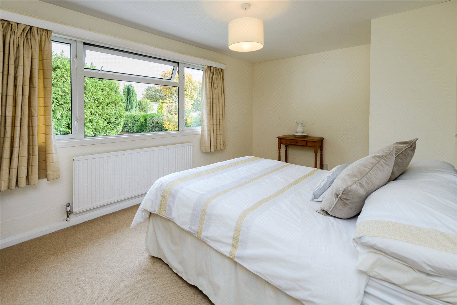 Additional photo for property listing at Snows Paddock, Windlesham, Surrey, GU20 Windlesham, Inghilterra