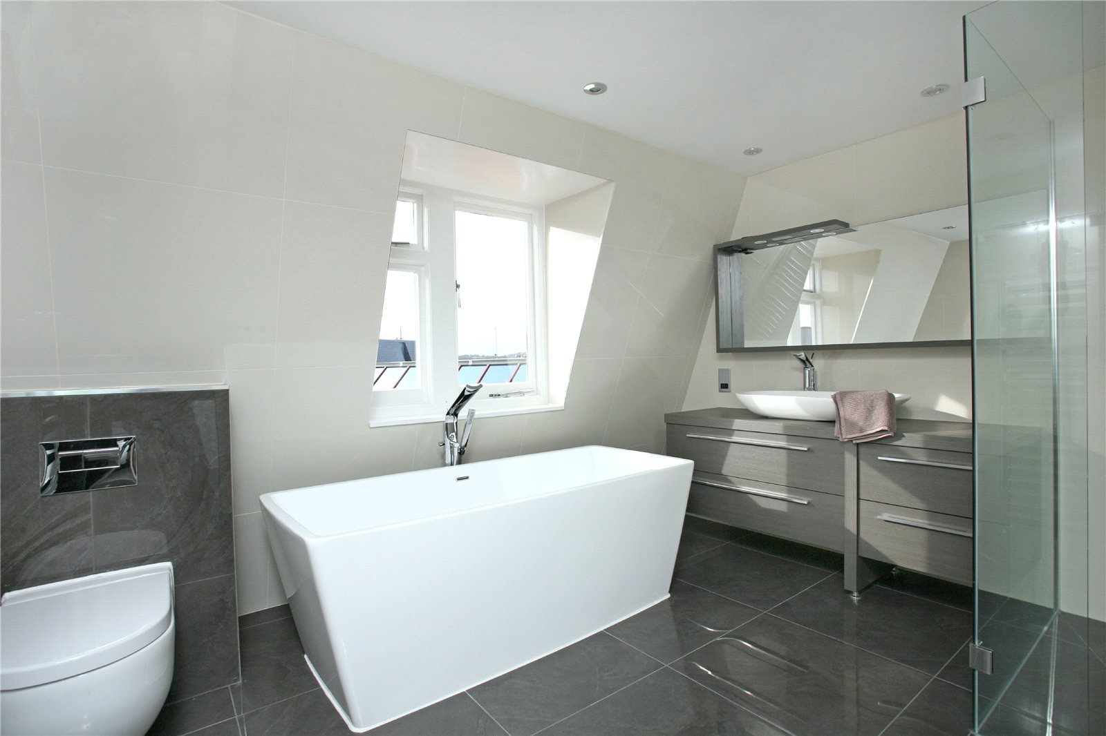 Additional photo for property listing at Park Street, Windsor, Berkshire, SL4 Windsor, Angleterre