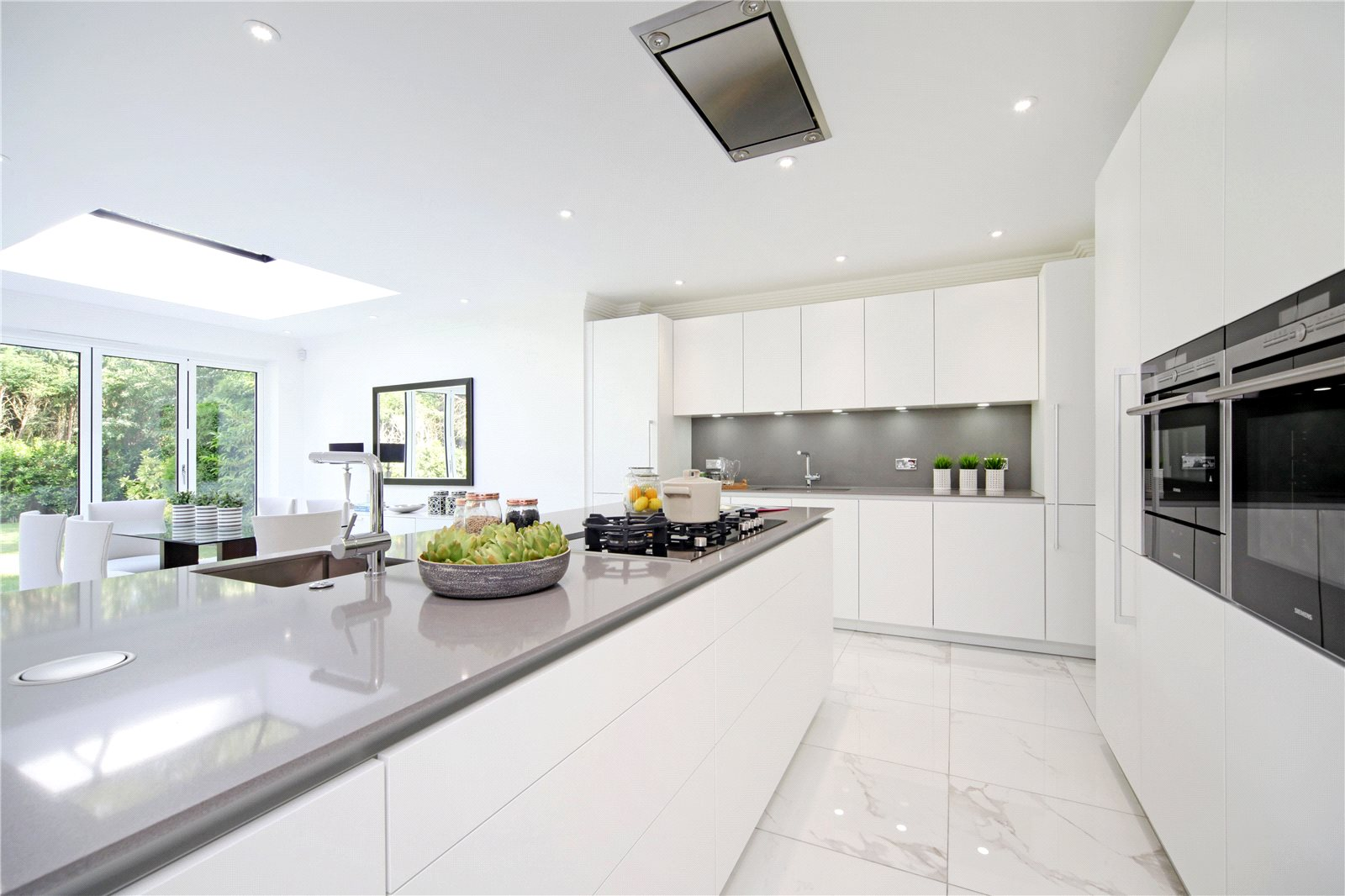 Additional photo for property listing at St. Marys Hill, Ascot, Berkshire, SL5 Ascot, Angleterre