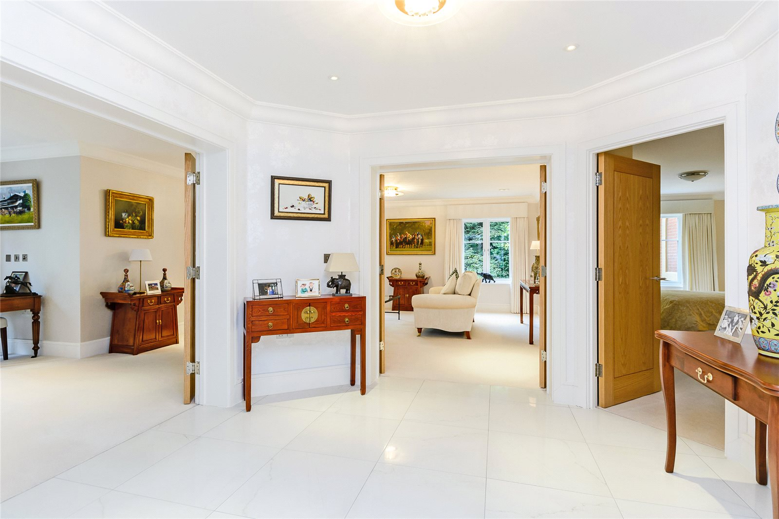 Additional photo for property listing at Devenish Road, Sunningdale, Ascot, Berkshire, SL5 Ascot, England