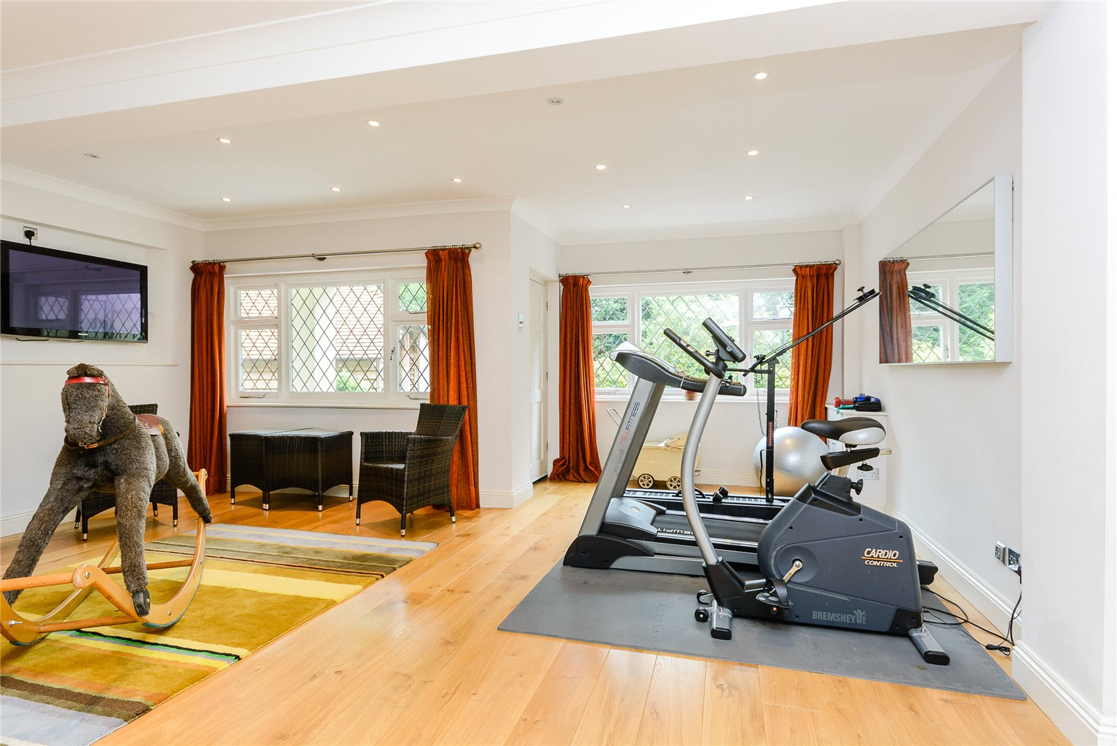 Additional photo for property listing at St. Leonards Hill, Windsor, Berkshire, SL4 Windsor, Inglaterra