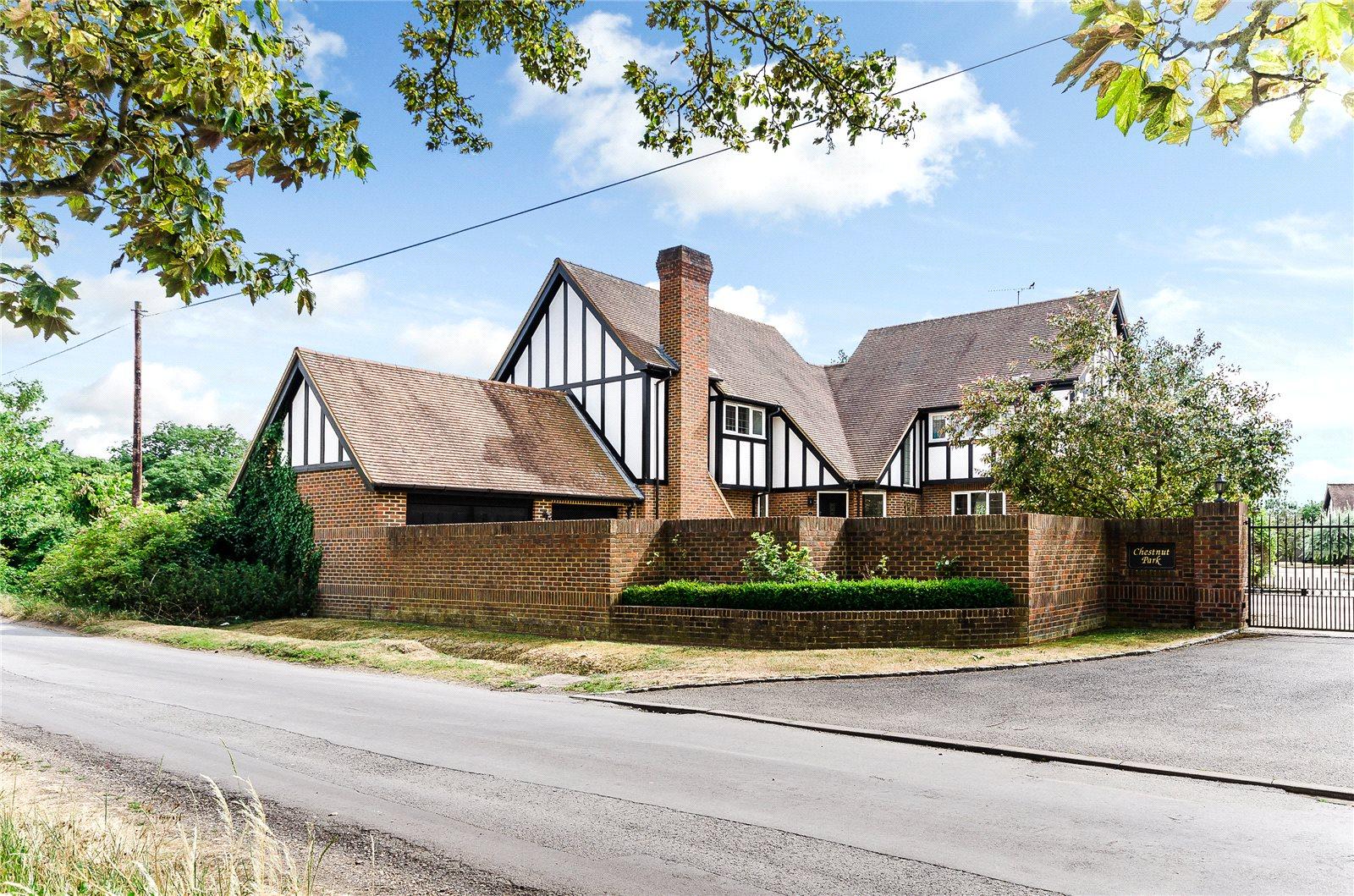 Casa para uma família para Venda às Chestnut Park, Bray, Maidenhead, Berkshire, SL6 Maidenhead, Inglaterra