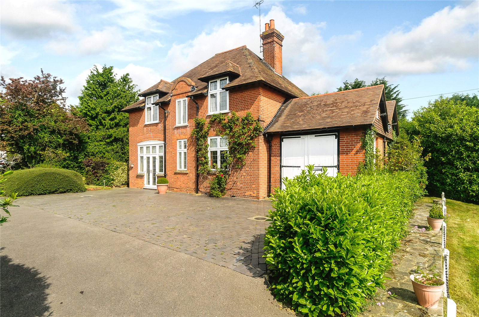 Maison unifamiliale pour l Vente à Forest Road, Warfield, Berkshire, RG42 Warfield, Angleterre