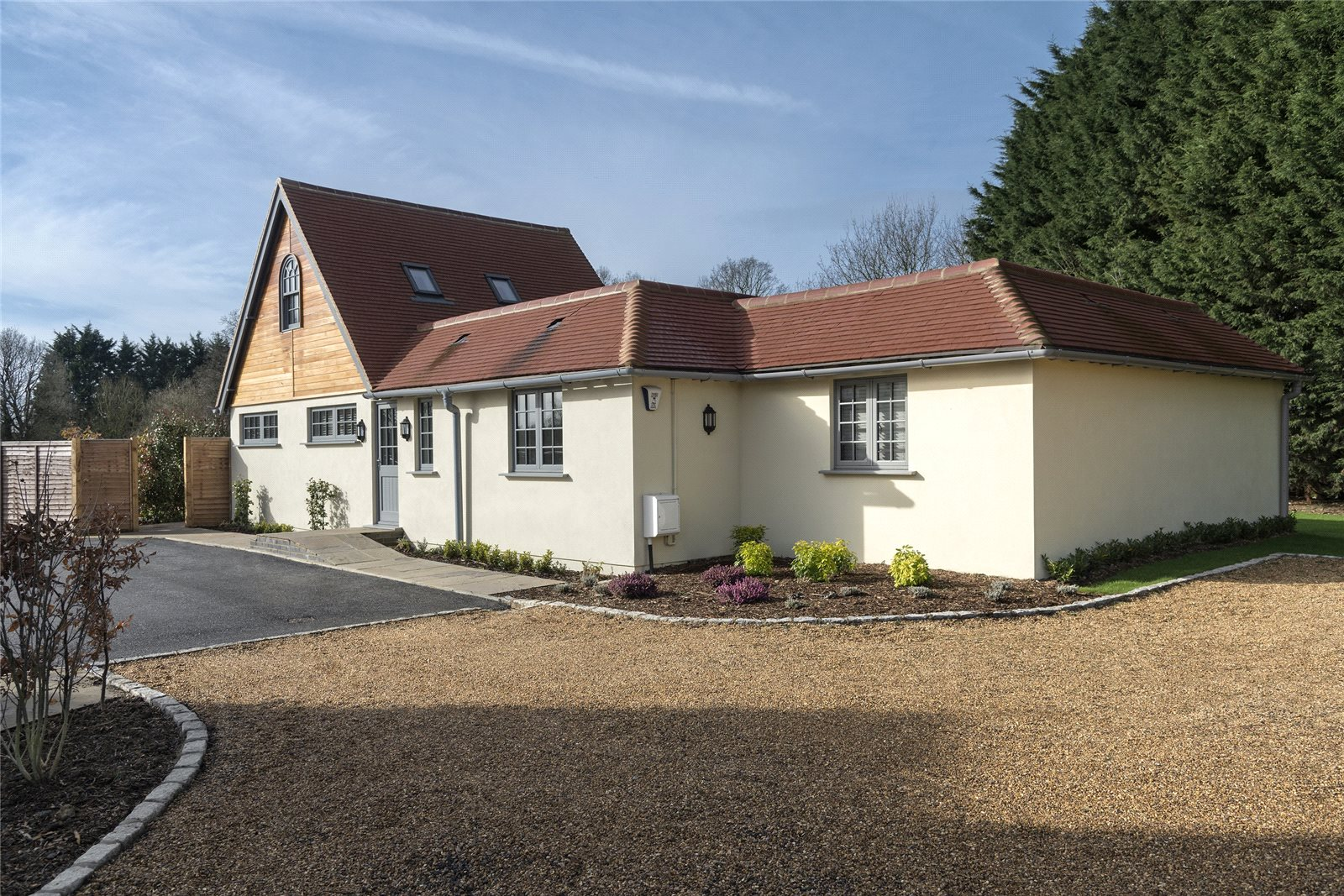 Single Family Home for Sale at Sturt Green, Holyport, Maidenhead, Berkshire, SL6 Maidenhead, England