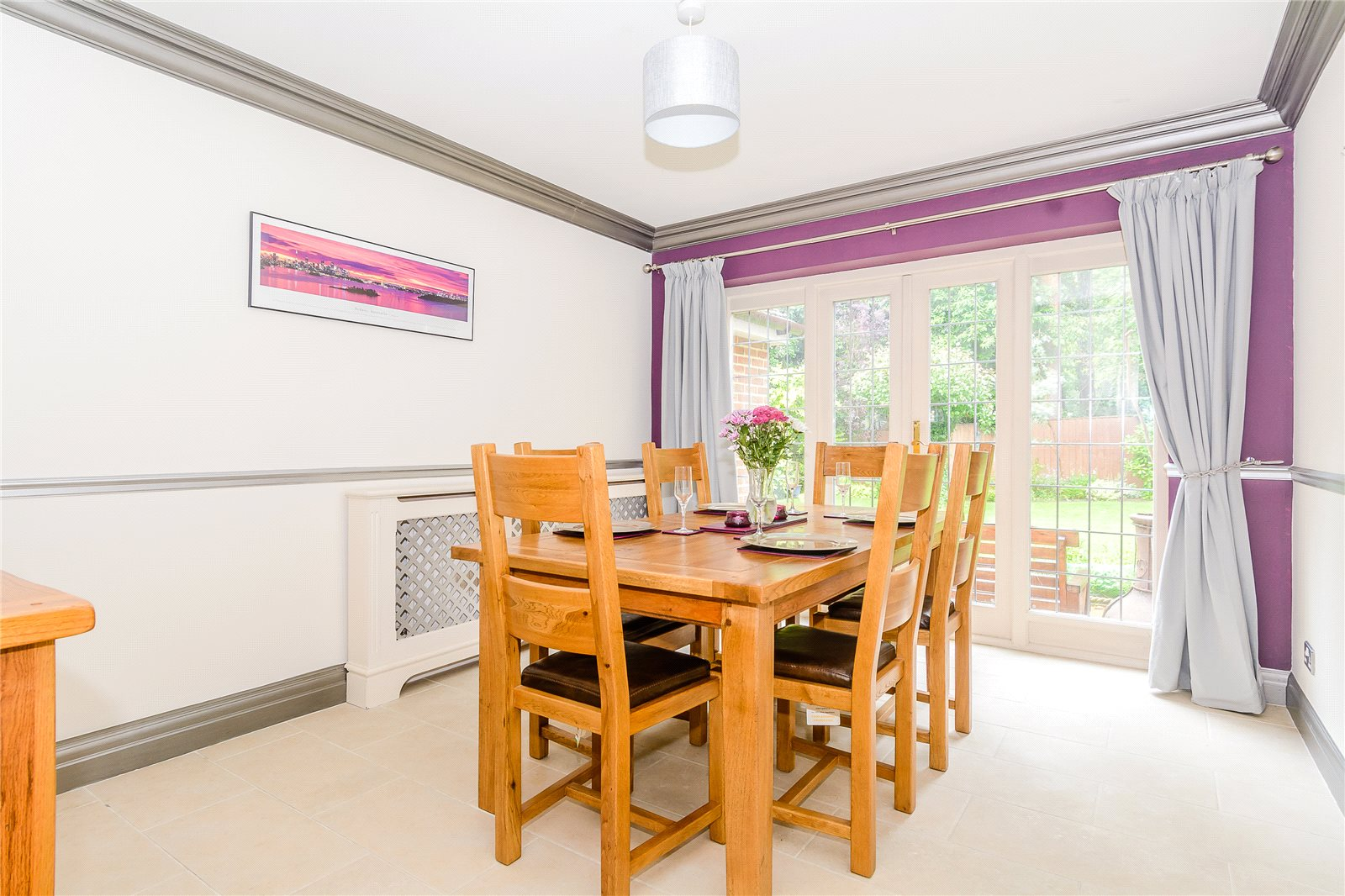 Additional photo for property listing at Winkfield Row, Winkfield, Berkshire, RG42 Berkshire, Ingiltere