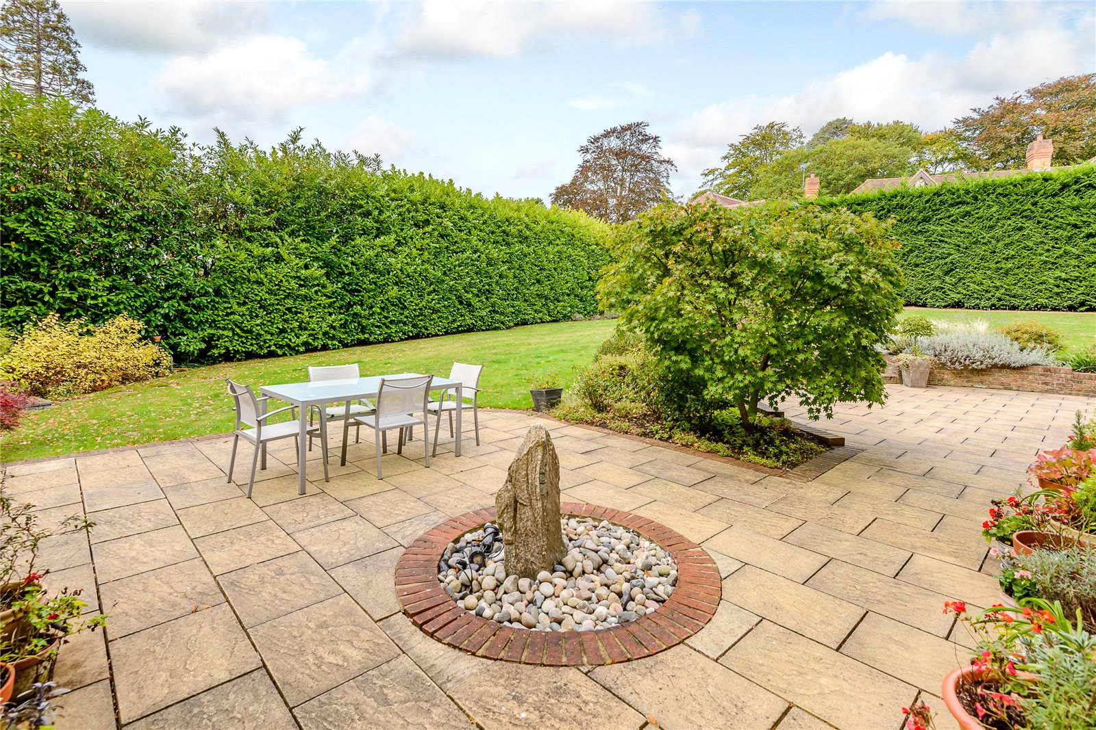 Additional photo for property listing at Kelsall Place, Ascot, Berkshire, SL5 Ascot, England