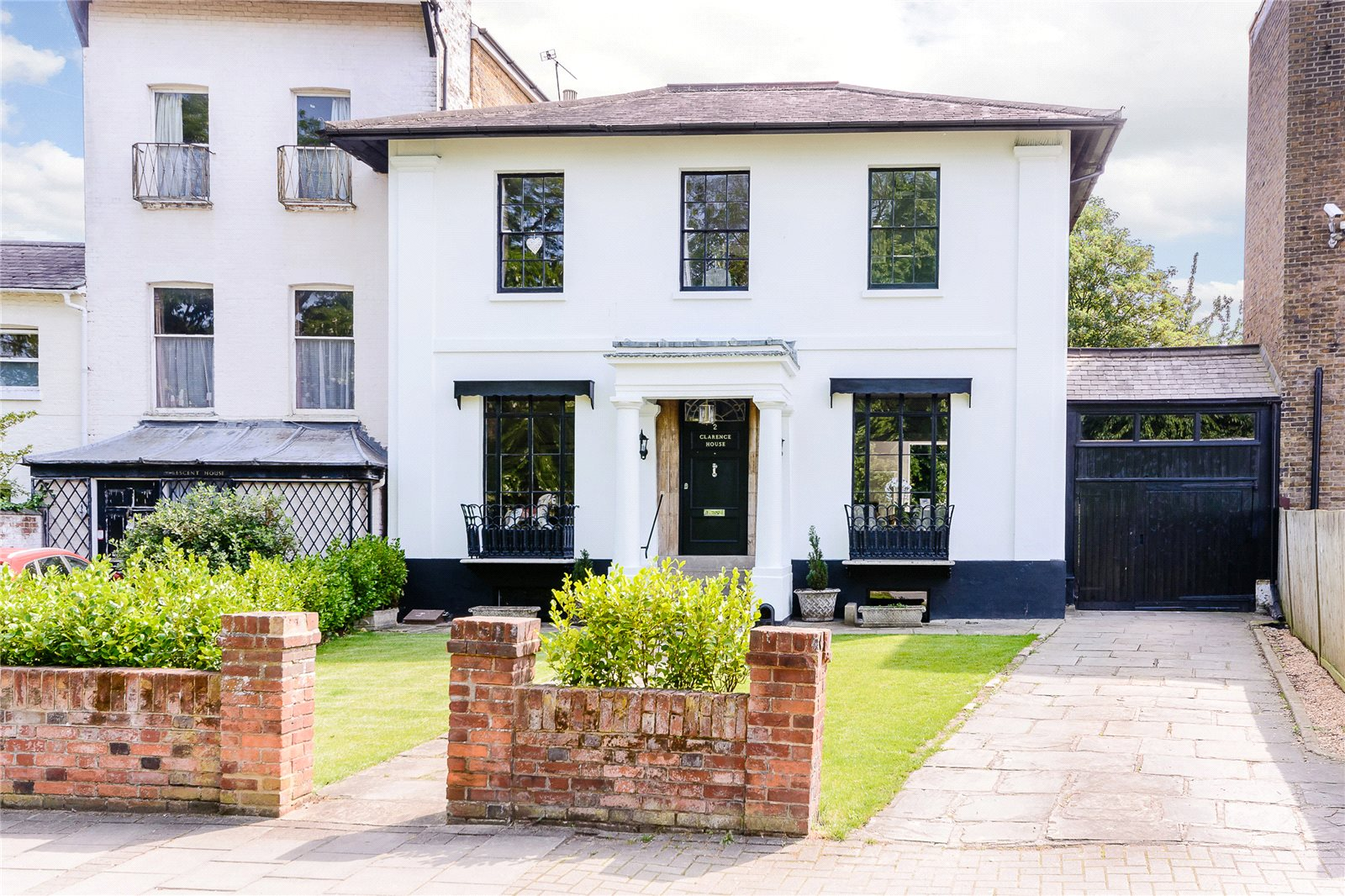 Additional photo for property listing at Clarence Crescent, Windsor, Berkshire, SL4 Windsor, Inglaterra