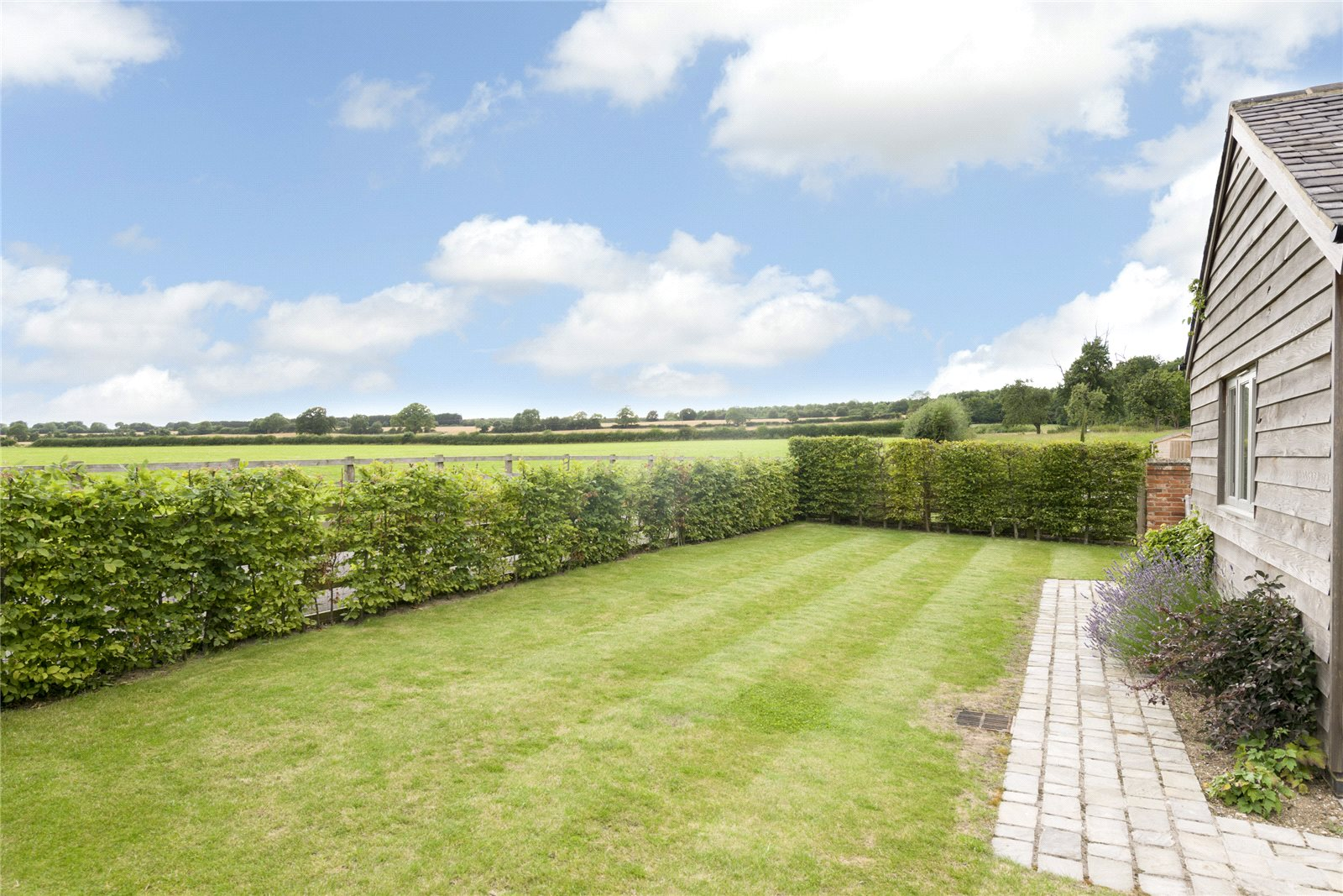 Additional photo for property listing at Chadshunt, Nr Leamington Spa, South Warwickshire, CV35 英格兰