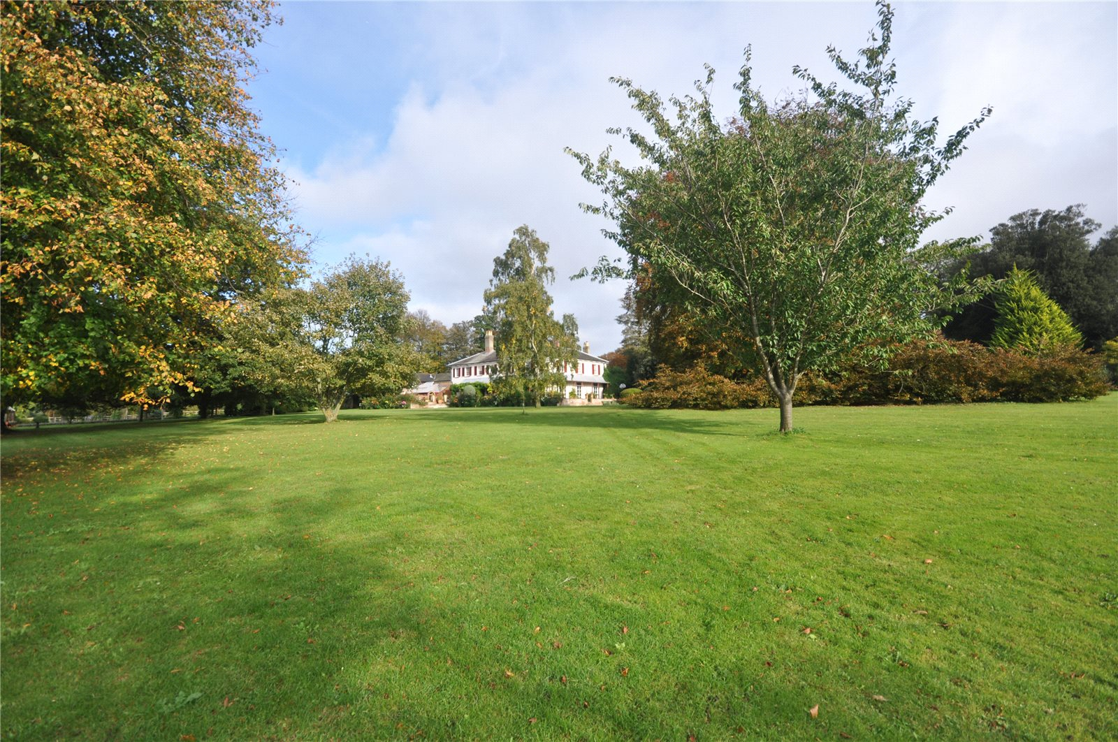 Additional photo for property listing at Ashford Road, Sheldwich, Faversham, Kent, ME13 Faversham, Angleterre