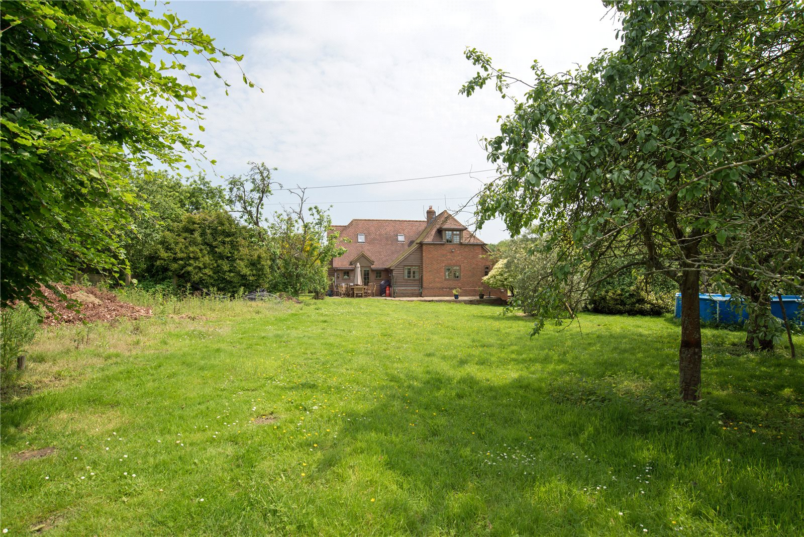 Additional photo for property listing at Grove Road, Selling, Faversham, Kent, ME13 Faversham, Αγγλια