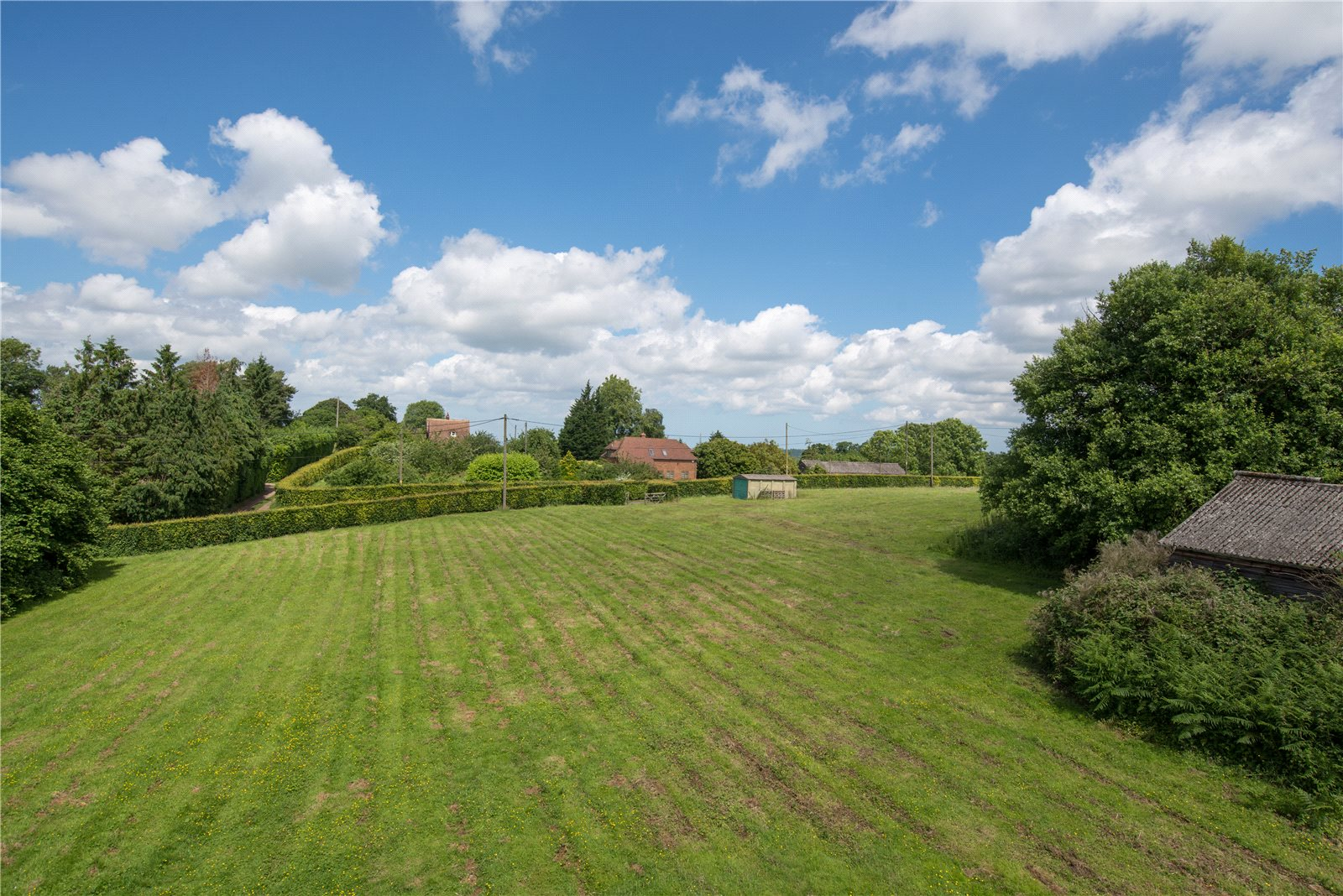 Additional photo for property listing at Grove Road, Selling, Faversham, Kent, ME13 Faversham, イギリス