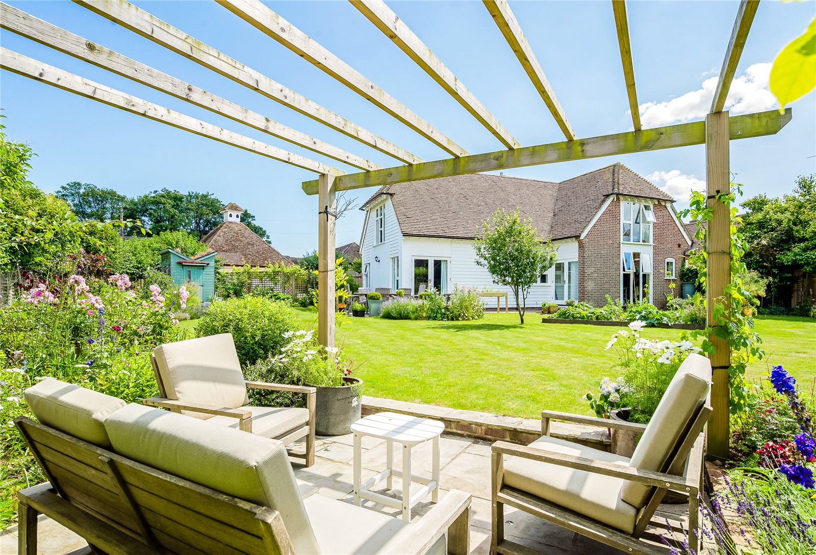 Single Family Home for Sale at Ickham Court Farm, The Street, Ickham, Canterbury, CT3 Canterbury, England