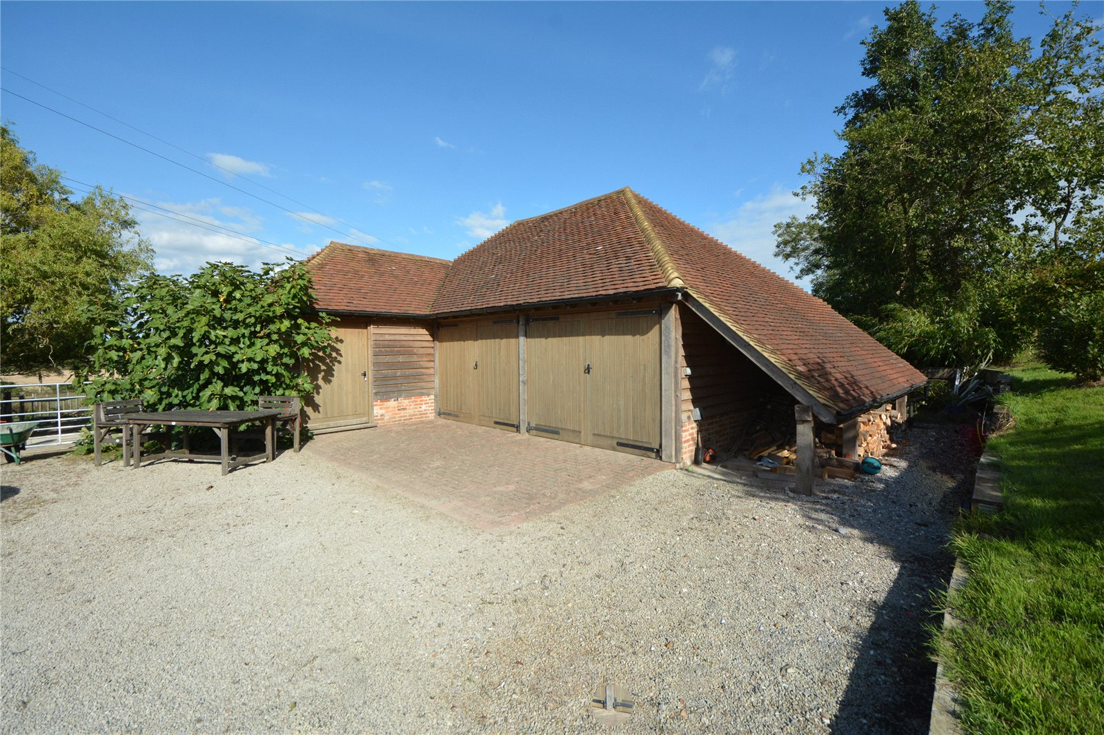 Additional photo for property listing at Church Lane, Aldington, Ashford, Kent, TN25 Ashford, Inglaterra