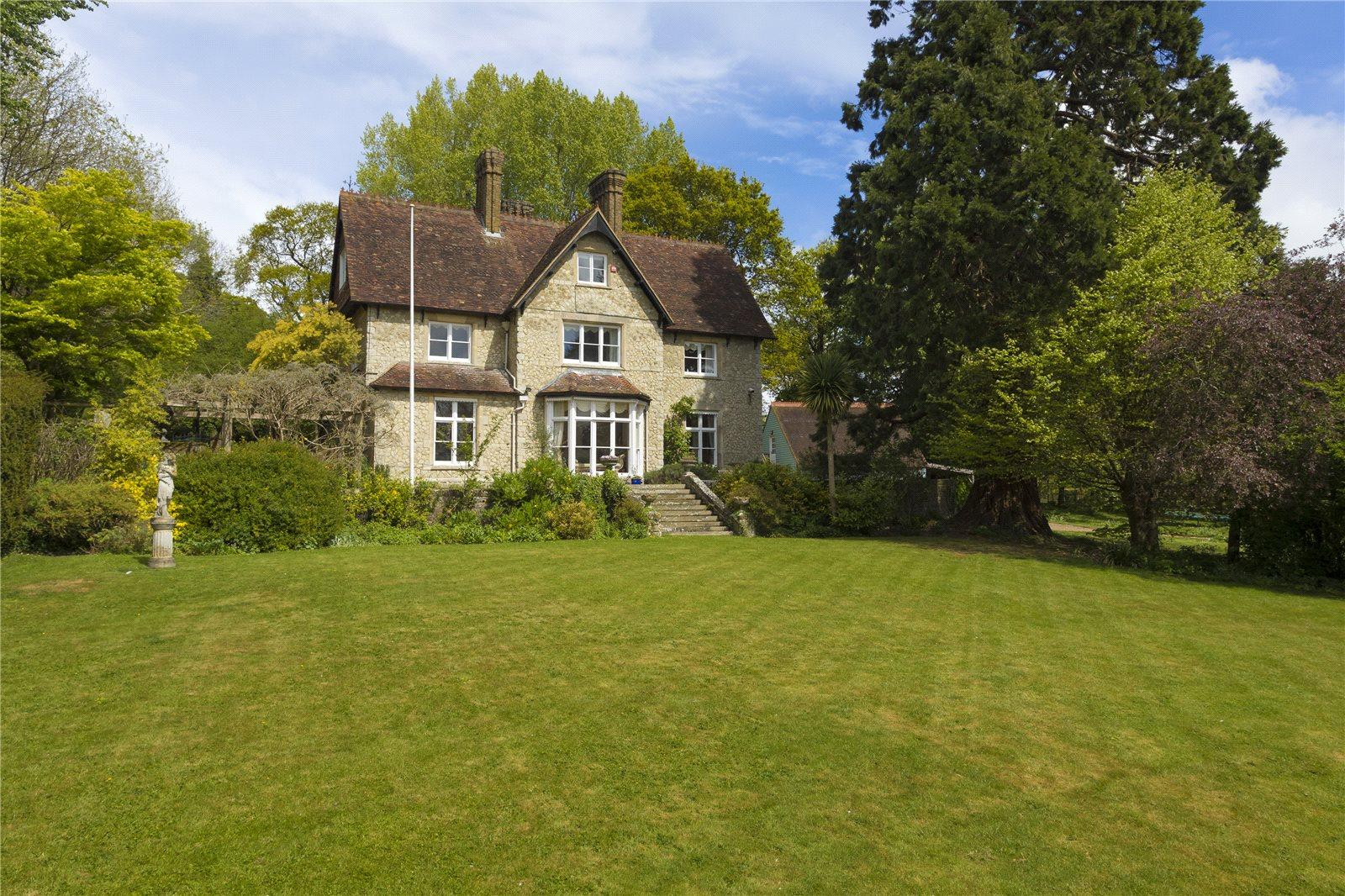 Casa para uma família para Venda às Church Hill, Boughton Monchelsea, Maidstone, Kent, ME17 Maidstone, Inglaterra