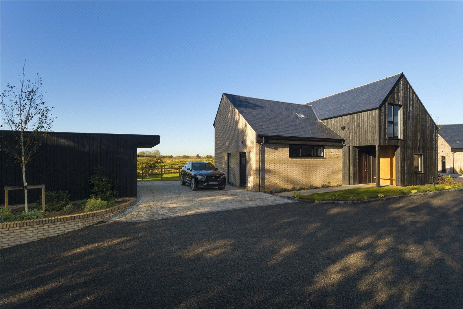 Casa para uma família para Venda às Unit A The Forstal, Lenham Heath, Maidstone, Kent, ME17 Maidstone, Inglaterra