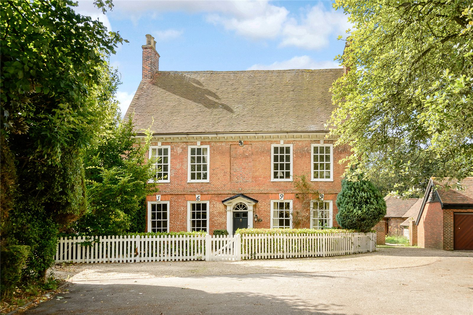 Maison unifamiliale pour l Vente à Stockbridge Road, Chichester, West Sussex, PO19 Chichester, Angleterre