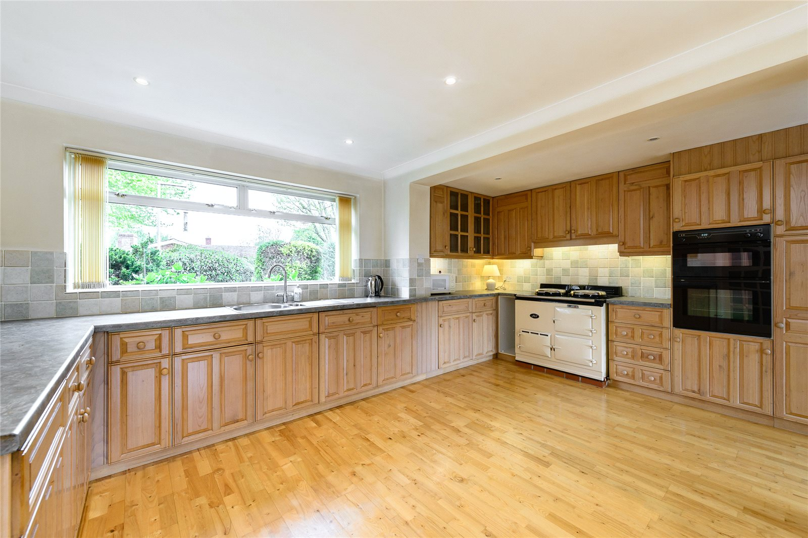 Additional photo for property listing at Oak Meadow, Birdham, Chichester, West Sussex, PO20 Chichester, Inglaterra