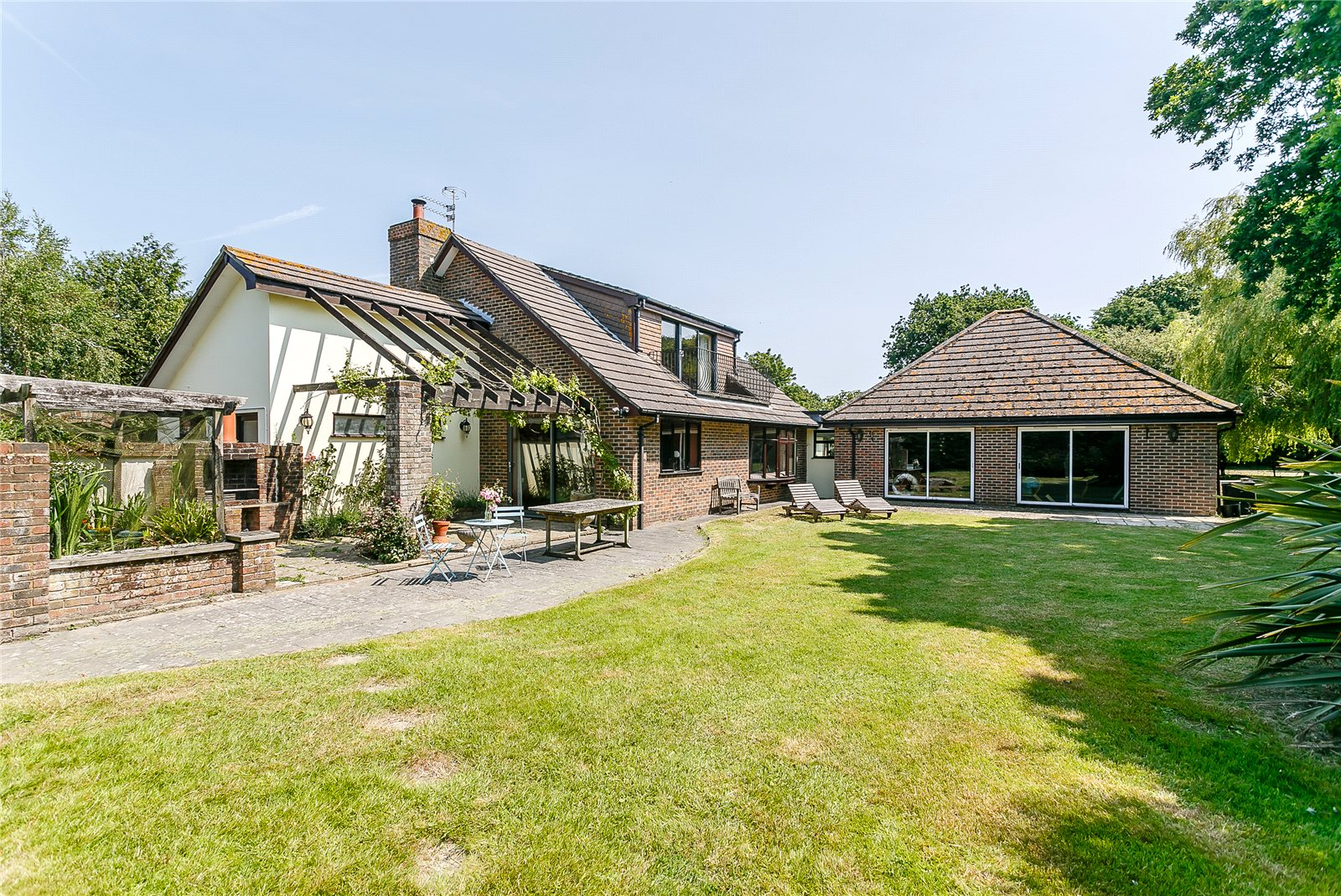 Additional photo for property listing at Rectory Lane, Church Norton, Chichester, West Sussex, PO20 Chichester, Inglaterra