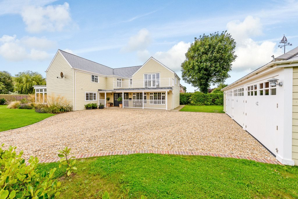 Additional photo for property listing at Seaward Drive, West Wittering, Chichester, West Sussex, PO20 Chichester, Inglaterra