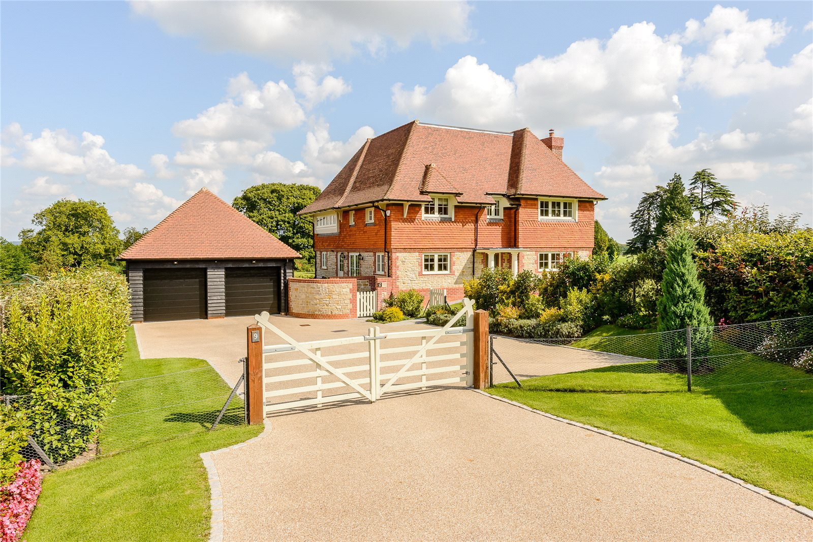 Maison unifamiliale pour l Vente à Wallace Square, Lavington Park, Petworth, West Sussex, GU28 Petworth, Angleterre