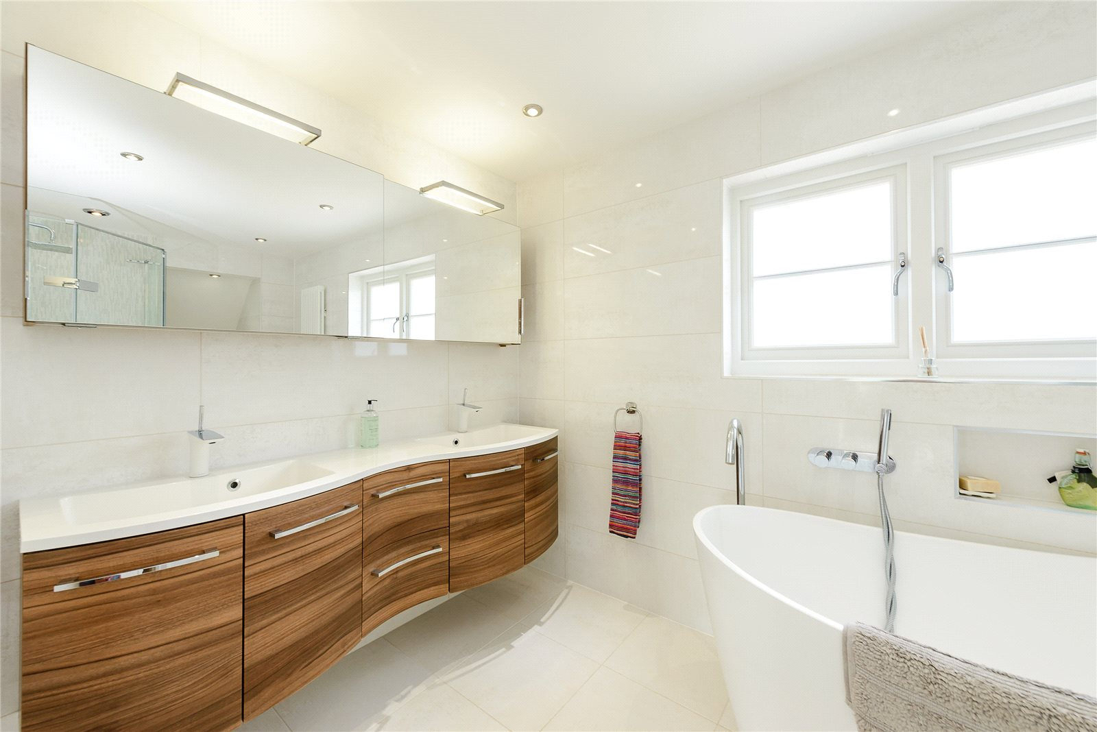Additional photo for property listing at Harbour Way, Bosham, Chichester, West Sussex, PO18 Chichester, 英格兰